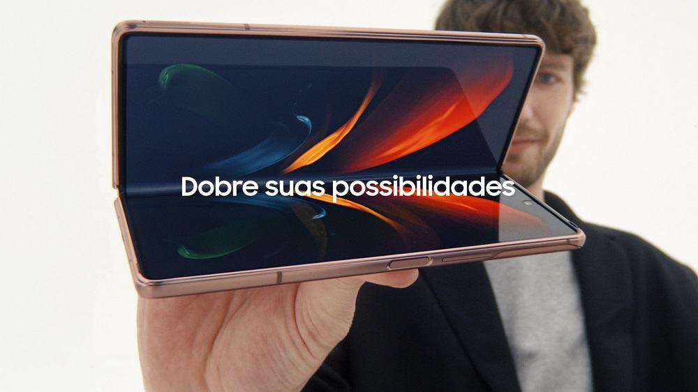 Imagem promocional da campanha especial sobre smartphones dobráveis da Samsung, como Galaxy Z Fold2 e Z Flip